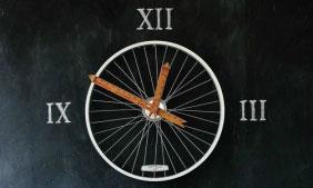 clock1-282x450